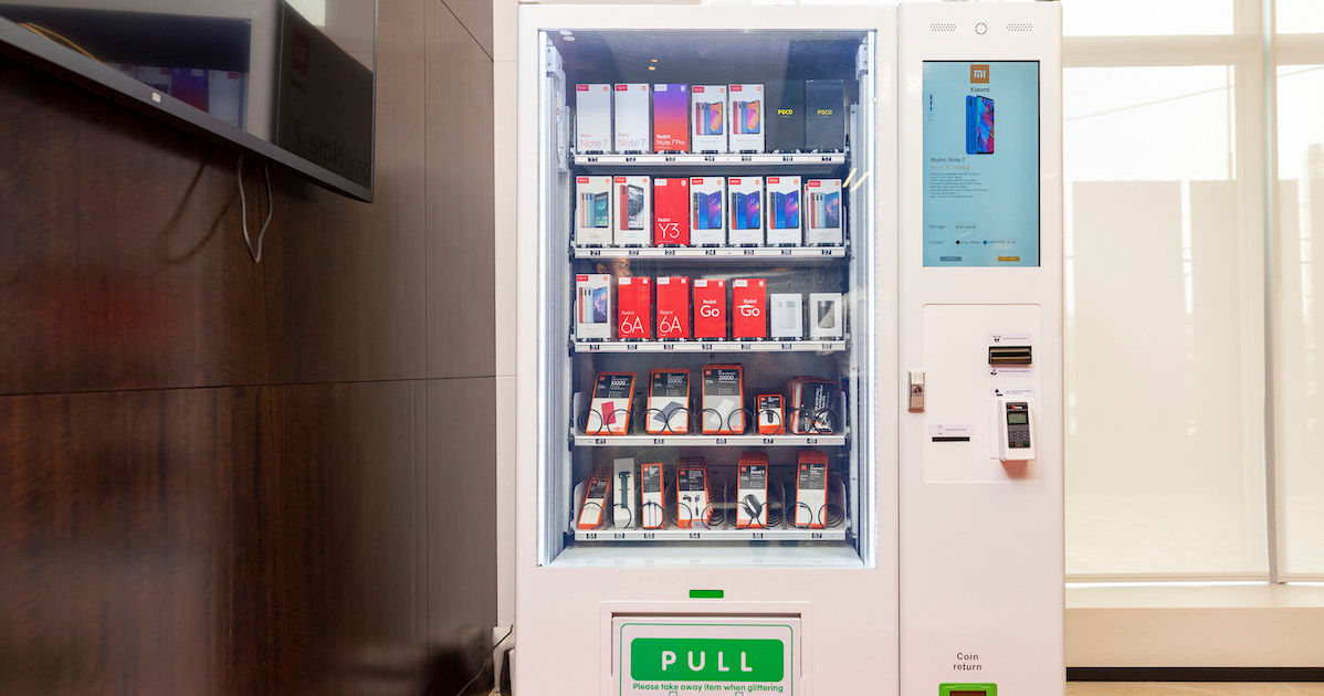 Xiaomi Launches Mi Express Kiosks In India, A Vending Machine For Smartphones And Accessories