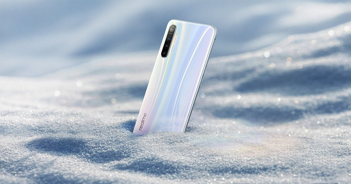 Realme XT 730G with 30W VOOC flash charge launching in December