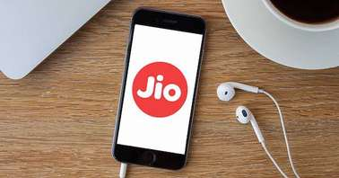 Reliance Jio working towards launching an affordable Android smartphone in India