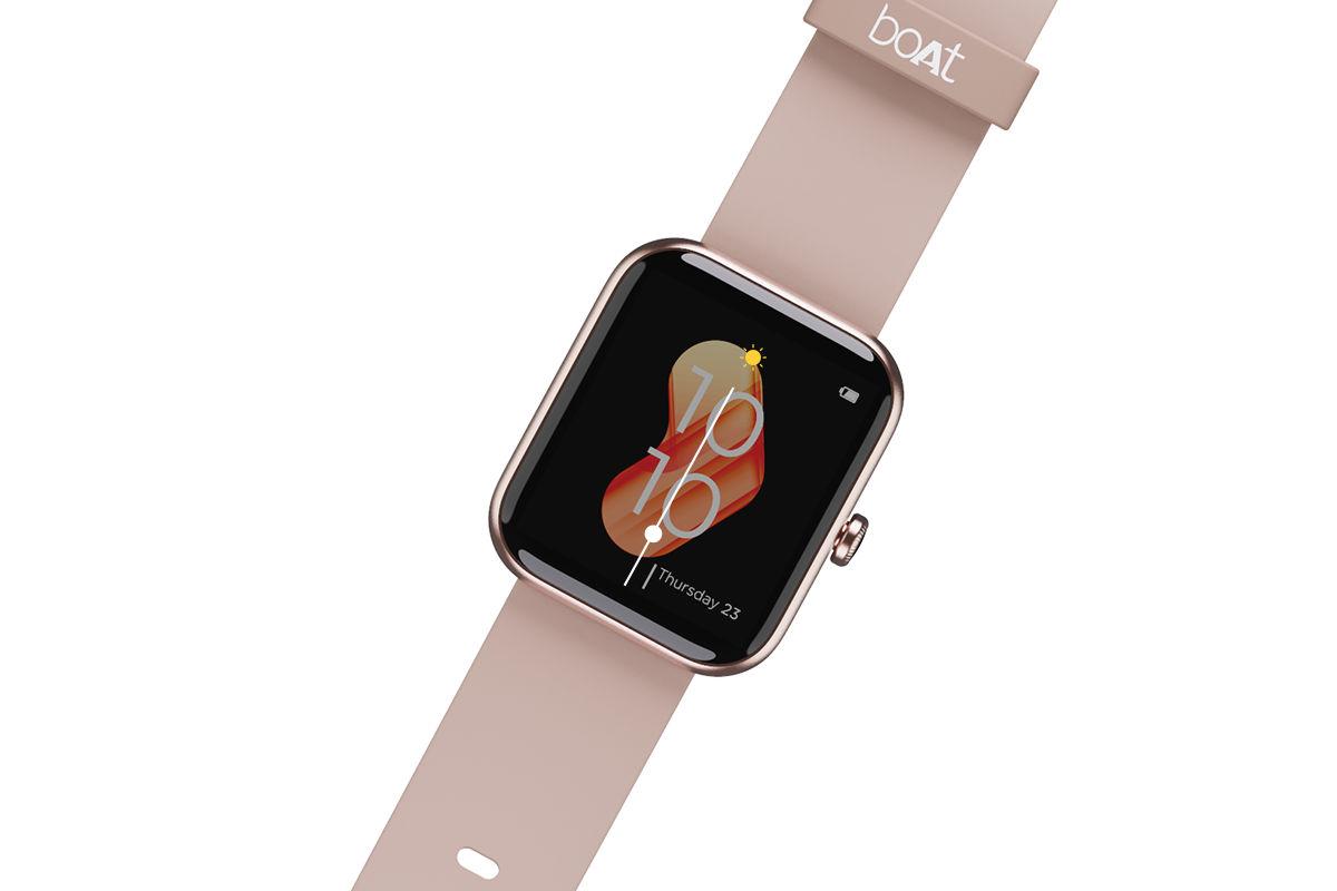 boAt Watch Xtend